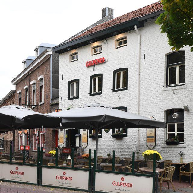 http://hoeskamercafepintje.nl/wp-content/uploads/2019/10/cafe-tpintje-mechelen-372xauto.jpg