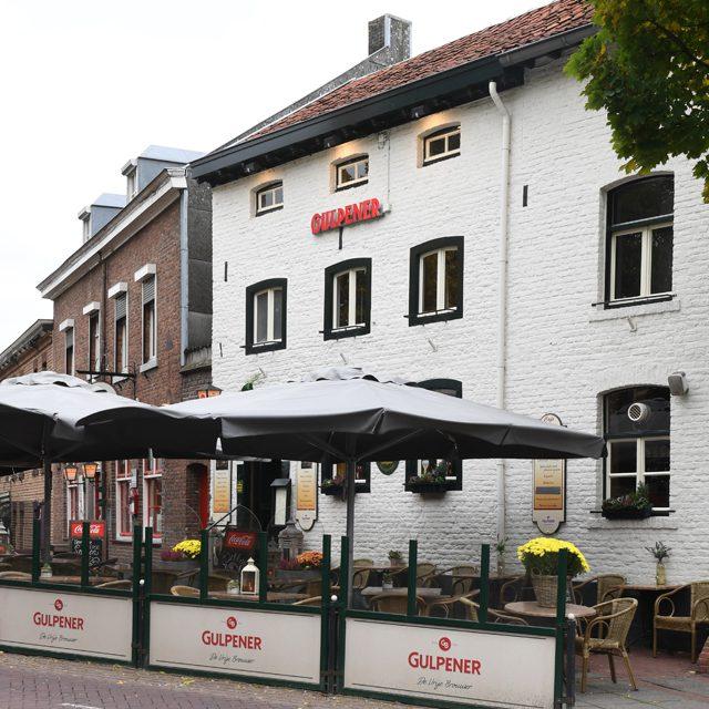 http://hoeskamercafepintje.nl/wp-content/uploads/2019/10/pintje-mechelen-5-300xauto.jpg